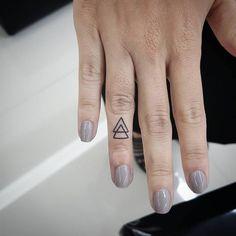 #unique finger tattoo #unusual finger tattoo #stylish finger tattoo #small finger tattoo #cute finger tattoo #inspirational finger tattoo #meaningful finger tattoo #summer finger tattoo #creative finger tattoo #attractive finger tattoo #different finger tattoo #inner finger tattoo