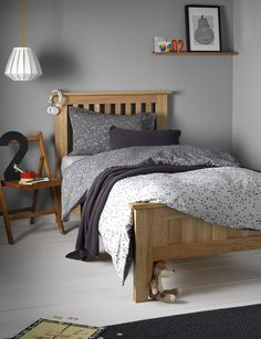 cotton bedding set for children. A grey charcoal bedding set in single and double sizes with a reversible stars design. Buy online today at Secret Linen Store. Cotton Bedding Sets, Queen Bedding Sets, Luxury Bedding Sets, Duvet Sets, Linen Bedding, Bed Linens, Linen Pillows, Boys Bedroom Curtains, Bedroom Decor