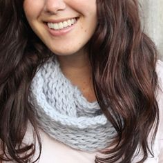 Quick and easy knit circle scarf (free pattern).