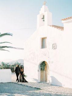 Ibiza wedding | Ana Lui Photography | see more on: http://burnettsboards.com/2015/05/edgy-flamenco-wedding-inspiration/