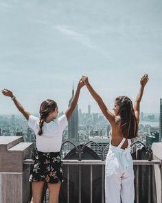 """16.9 m Gostos, 160 Comentários - Belen Hostalet (@belenhostalet) no Instagram: """"Friendship travels @gmillet #nyc #wearenotleaving #bestmemories #topoftherock"""""""