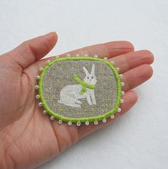 """makiko_at: Brooch - """"White rabbit"""", hand embroidered animal easter brooch 