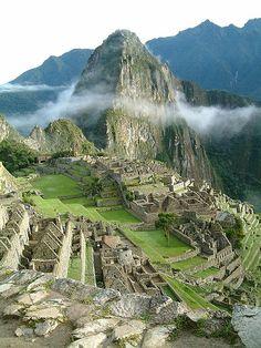 Machu Picchu, la città perduta degli Inca costruita dall'imperatore Pachacútec. | Immagini del Mondo