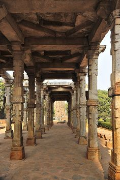 Famous place to visit in Delhi and stay in www.omegaresidency.com