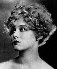 Greta Nissen, Photoplay Magazine, May 1925 viakylarose