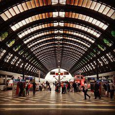 Inter Rail, Underground Cities, Background Images Hd, Bangkok Travel, Train Stations, Train Tickets, Metro Station, Travel Plan, Train Tracks