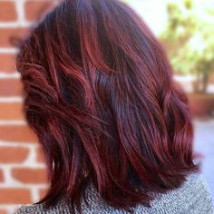 Check it Out!!!!! 💋❤👍 It turned out so beautiful... Mom is in love with her new color & cut... can you believe she let me cut six inches off! I guess she loved how so many were sporting a beautiful bob last night at the Grammy's so she was game to make a change 😚🙆 #pulpriothair #haircolor #fireball #bob #DeLaMonroee #JFGemelliCary