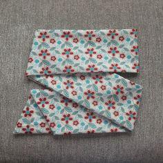 Faixa / Turbante de 1 metro e 40 centimetros em tecido 100% algodão. <br>Indicado para crianças a partir de 4 anos a adultos. <br>Observação: últimas duas fotos ilustram modos de uso.