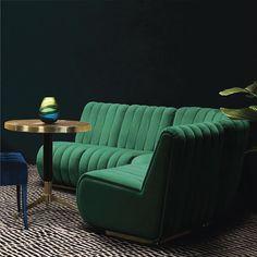 AuBergewohnlich Mutu Mumei · Sofa