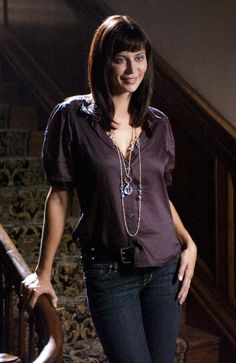 The Good Witch's Catherine Bell... wish I could find out more about the wardrobe used in the movies... love her style.