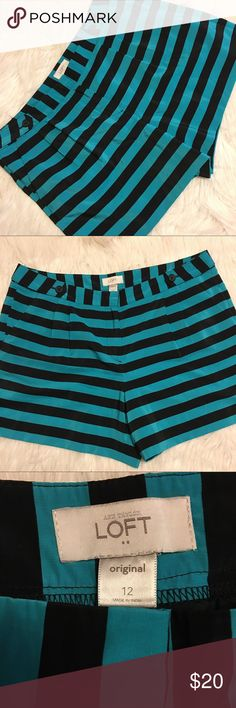 Ann Taylor LOFT striped shorts Size 12, cute striped shorts super cute can be dressy or not, pleated with Button details, in good condition LOFT Shorts