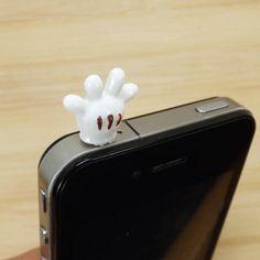 30%OFF White Disney Mickey Gloves Dust Plug 3.5mm Cell Phone Plug iPhone 4 4S 5 5S Dust Plug Samsung Charm Headphone Jack Ear Cap $3 Cool Iphone Cases, Cute Phone Cases, Phone Accesories, Cell Phone Accessories, Biscuit, Iphone 7, Smartphone, Disney Phone Cases, Accessoires Iphone