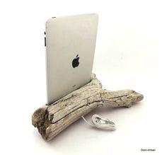 iPad Dock in Driftwood -