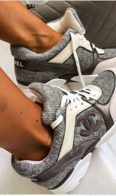 Channel #Sneakers