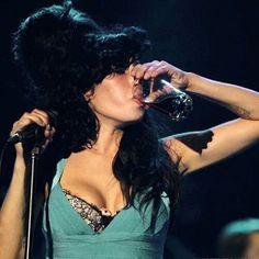 Amy Winehouse~♡