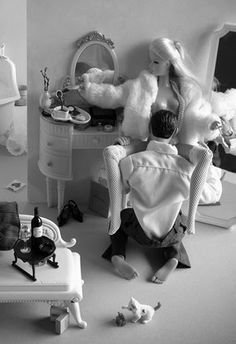 I thought this was what Ken was doing to barbie why she stayed with him all these years..lol