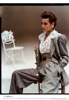 moda yasmintresbon: Yasmin Le Bon for Vogue Paris by Arthur Elgort, March 1988 80s And 90s Fashion, Look Fashion, Retro Fashion, High Fashion, Vintage Fashion, Womens Fashion, Fashion Design, Vogue Fashion, Paris Fashion