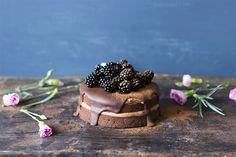 Vegaaninen suklaakakku - yummybaker