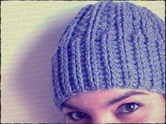 Gorro a crochet con punto elástico tanto para hombres como mujeres, explicado con vídeos tutoriales para **diestros y zurdos**. Disfruta tejiendo conmigo.