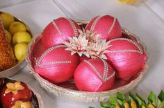 Metallic pink with stone Coconut Decoration Thali Decoration Ideas, Fruit Decorations, Diwali Decorations, Basket Decoration, Coconut Decoration, Baby Shower Plates, Engagement Decorations, Wedding Decorations, Wedding Gift Wrapping