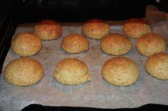 rundstykker Muffin, Low Carb, Bread, Breakfast, Food, Honey, Morning Coffee, Brot, Essen