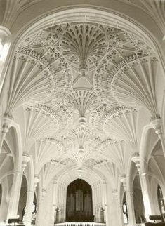 Interior of Unitarian Church in Charleston, South Carolina. I am not Unitarian, and I am not truly religious in any way. But this place would be beautiful for a wedding. Architecture Design, Architecture Antique, Beautiful Architecture, Beautiful Buildings, Beautiful Places, Simply Beautiful, Sacred Architecture, Beautiful Mosques, Art Nouveau Architecture