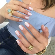 French Nails - French Nail Tip Ideas, French Nail Polish, French Tip Nail Designs Cute Nails, Pretty Nails, My Nails, Glitter Nails, Metallic Nails, French Manicure Nails, Manicure And Pedicure, French Pedicure, White Tip Nails