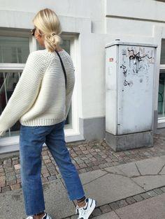 ides inspiration tenues automne-hiver Be Bad. Fashion Mode, Look Fashion, Fashion Outfits, Bad Fashion, Catwalk Fashion, Fashion Boots, Latest Fashion, Skandinavian Fashion, Bild Outfits