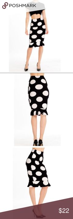Black and white polka dot midi skirt Love love this great pull on spandex blend trumpet style black and white midi skirt polka dot skirt it fits amazing PLEASE Use the Bundle option you can purchase and it will give you the option to pick the size you want BUNDLE and save 10% ( no trades price is firm unless bundled) Skirts Midi