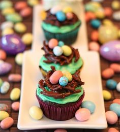 RECIPE:  Bird's Nest Easter Cupcakes