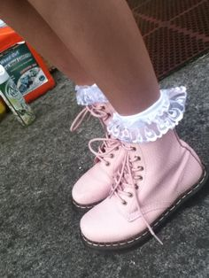 These are the work boots I need for on the farm!
