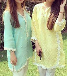 Stylish Dress Designs, Dress Neck Designs, Stylish Dresses, Fashion Dresses, Simple Pakistani Dresses, Pakistani Dress Design, Balochi Dress, Latest Kurti, Kurta Neck Design