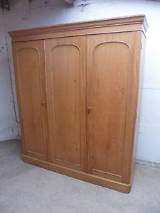 A-Most-Stunning-Vintage-5-Piece-3-Door-Compactum-Pine-Large-Wardrobe