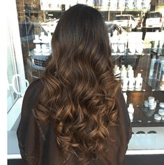 "Add to dimension and vibrance to your dark hair with these 5 stunning balayage looks, to give your hair the ""wow factor"" it needs. 