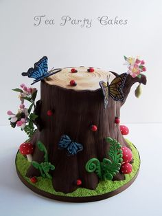 Beautiful Bugs Cake https://www.facebook.com/pages/Tea-Party-Cakes/105772839489341?fref=ts