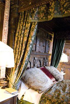 The English Ladye Laurel Tree, Dorothy Parker, Sherwood Forest, Royal Style, Bedside, Renaissance, Woodland, Cottage, English