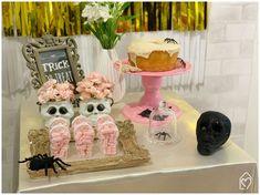 Mini table de Halloween Halloween, Mini, Treats, The Bell Jar, White Paper, Party, Ideas, Girlfriends, Sweet Like Candy