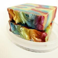 SOAPERSTAR Fizzy Fruit Pop Shea Butter Soap