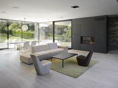 Obývací pokoj vily v Řitce Vila Řitka obývák Bauhaus, Agi Architects, Open Concept Home, Interior Minimalista, Outdoor Furniture Sets, Outdoor Decor, Facade House, Sweet Home, Living Room