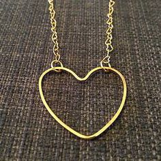 Openwork Heart Necklace | 1021