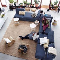 Living room decoration by IKEA Ikea Kivik, Dark Blue Couch, Ikea Decor, Ikea Living Room, Blue Couch Living Room, Living Rooms, Living Room Inspiration, Ikea Inspiration, Garden Inspiration