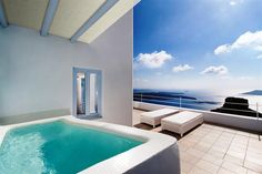 Top Hotels in Santorini....