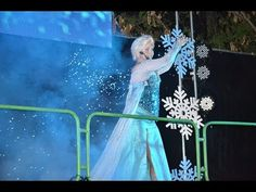 Frozen - Espetáculo Teatral no Projeto Ônibus Feliz - Cia Andrea Tatata - YouTube