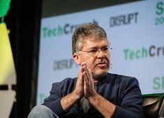 Pour améliorer Siri, Apple recrute le chef de l'intelligence artificielle de Google - http://www.frandroid.com/marques/apple/497086_pour-ameliorer-siri-apple-recrute-chef-ia-google  #Apple, #Marques