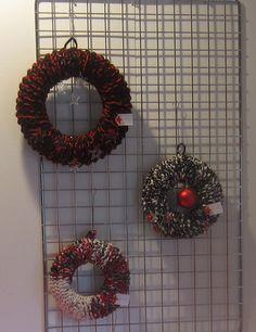 Kerstkransen sokkenwol en recotton, Weihnachtskränze