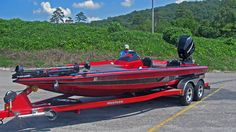 Bullet Fishing Boats for Sale Bass Boats For Sale, Fishing Boats For Sale, Bass Fishing Boats, Old Fishing Lures, Going Fishing, Fast Boats, Cool Boats, Speed Boats, Power Boats