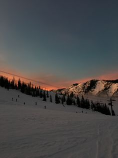 Beautiful World, Beautiful Places, Places To Travel, Places To Visit, Ski Season, Winter Scenery, Winter Sunset, Winter Snow, Travel Aesthetic