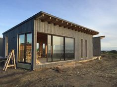 Cabin Plans, House Plans, Cabana, Japanese Style House, House Staircase, Garden Workshops, Container Shop, Tiny House Living, Prefab Homes
