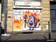 Suite à notre rencontre à Lyon avec Monsieur Poulet de Bordeaux, voici une interview de l'artiste. au menu: street art, graffiti, humour et couleurs !