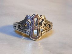 Guardian Angel Ring   Sterling Silver      James Avery   Size 5 1/2  Retired…